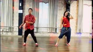 "Zumba "" Crick Neck  By Sean Paul Ft Chi Ching Ching /Choreo By Chenci At BFS Studio Sangatta -Kaltim"