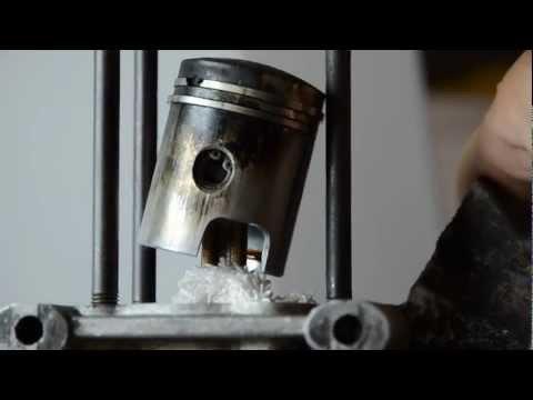 Videoguida Ciao piaggio - come smontare/ rimontare il gruppo termico (testa pistone e cilindro)