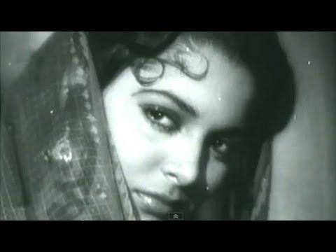 Aaj Sajan Mohe Aang Laga Lo - Waheeda Rehman, Geeta Dutt, Pyaasa Song