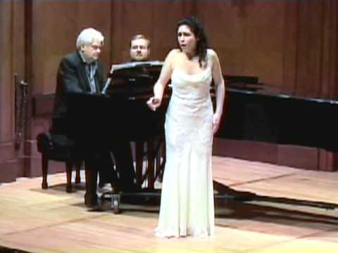 Rinat Shaham sings Castelnuovo-Tedesco