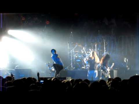 SUICIDE SILENCE  HD: Smoke  Great Crowd in Hamburg