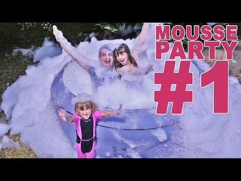 MOUSSE PARTY CHALLENGE dans un JACUZZI (1/2) – Studio Bubble Tea FOAM PARTY