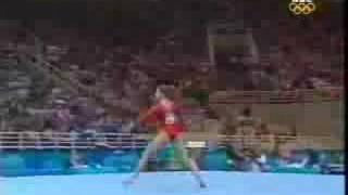 2004 Athens Olympics Gymnastics Carly Patterson thumbnail