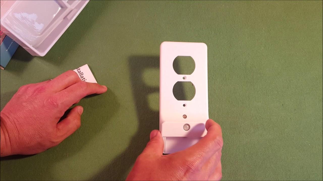 Ez install enstant et 100 led wall plate outlet night light youtube ez install enstant et 100 led wall plate outlet night light aloadofball Image collections