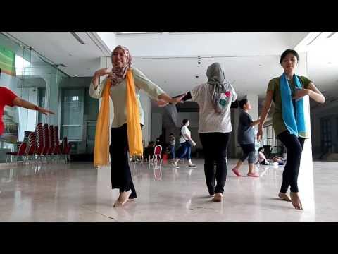Latihan tari sirih kuning 11 maret 2017