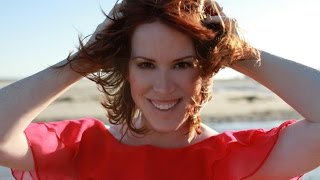 Molly Ringwald Talks SIXTEEN CANDLES, Brat Pack & Singing Jazz with Harper Simon