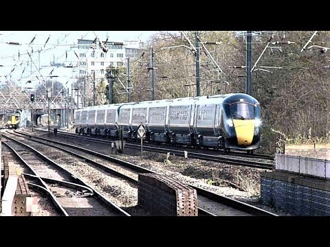 Trains at: Hanwell, 1 February 2018