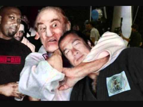 Joe Rogan talks about Steven Seagal getting choked out by Gene Lebell