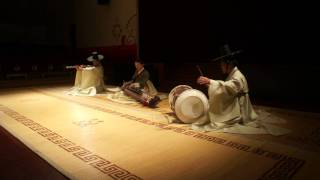 Video Korean Traditional Music (Part One) download MP3, 3GP, MP4, WEBM, AVI, FLV Desember 2017