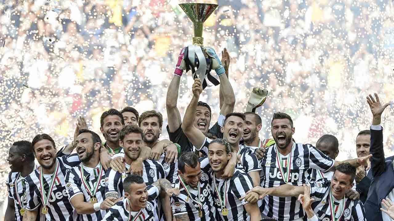 Juventus Campione d\u0026#39;Italia 2012\/13 CURVA SUD Juventus ...