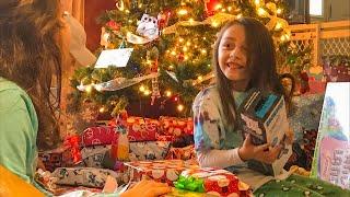 Christmas Morning Present Haul & Unboxing (Thanks Santa!)