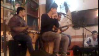 love the way you lie - guitar + sáo newsun coffee