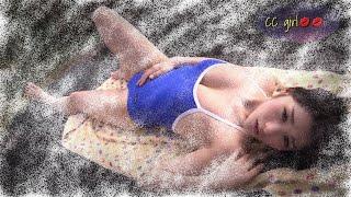 Sexy bikini girl    🥳🧜    ♀️