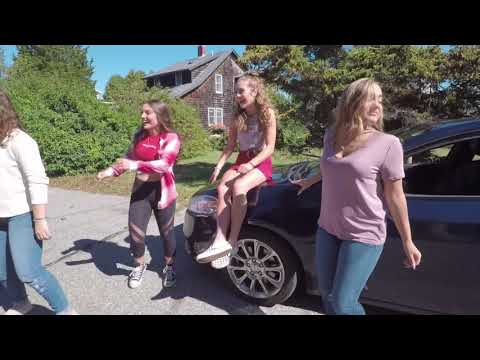 Chloe Lang Party Down The road  Behind the Scenes