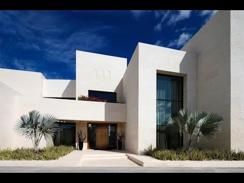 Serene Family Home Villa in Emirates Hills, Dubai, United Ar