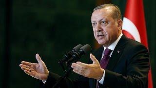 Турция: парламент торопят принять конституционные поправки(Президент Турции Реджеп Тайип Эрдоган не исключил, что в течение семи дней парламент успеет обсудить попра..., 2017-01-13T16:59:55.000Z)