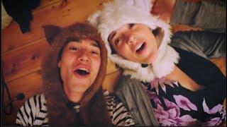 Bathtub - Jacob Collier & Becca Stevens