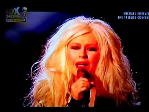 Christina Aguilera - Smile (Michael Forever The Tribute Concert on FOX Movies Premium)