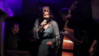 Elisabetta Antonini - I Fall In Love Too Easily
