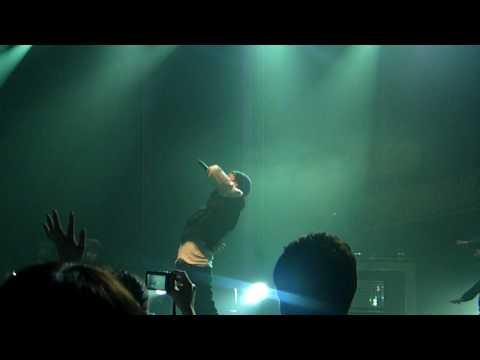 100522 G-Dragon - Heartbreaker Feat.Flo Rida in Flo Rida Concert