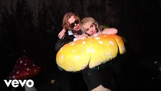 Download The Kid LAROI, Miley Cyrus - WITHOUT YOU (With Miley Cyrus - Official Video)