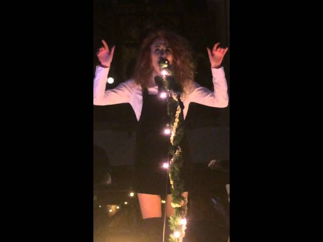 Janet Devlin - Things We Lost In The Fire (live at St Pancras old church)