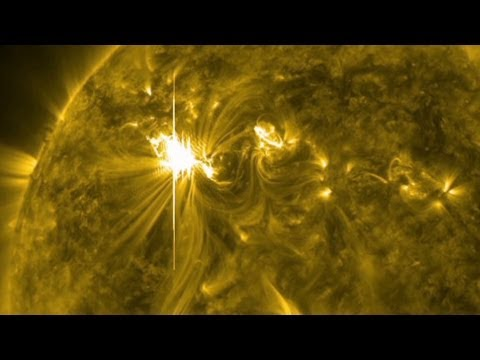 Solar storm heads for Earth