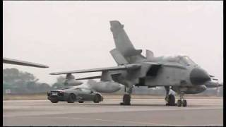 lamborghini-reventon-vs-fighter-jet