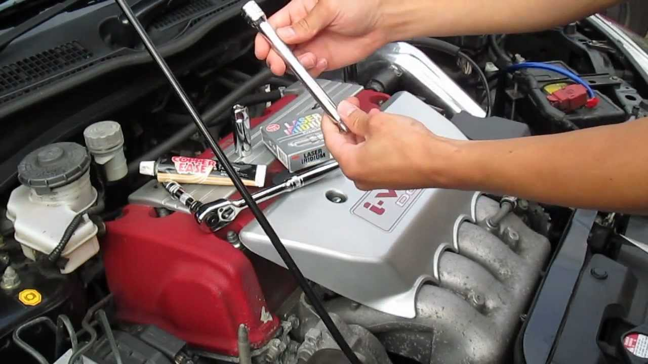 How To Service Change Spark Plugs Civic Type R Ep3 Youtube