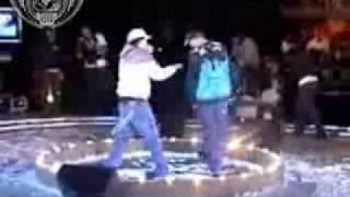 VENDETTA VS PIEZAS (CUARTOS) BATALLA DE LOS GALLOS 2008 MEXICO DF FINAL INTERNACIONAL 6 de 11