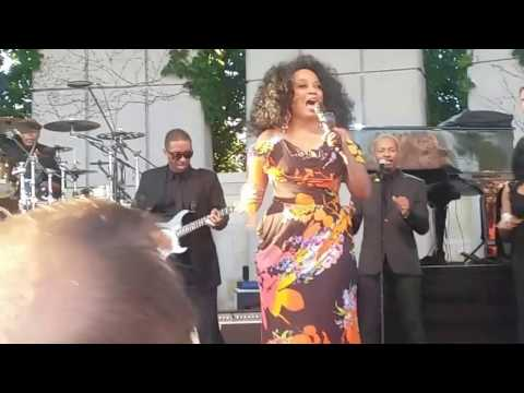Diana Ross 9 Love Child Frederik Meijer Gardens 7-25-16