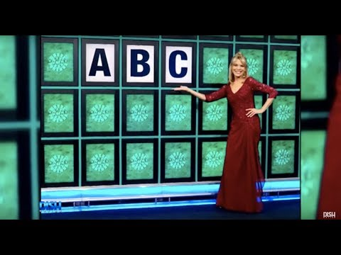 'WHEEL OF FORTUNE'S VANNA WHITE WILL STEP IN FOR PAT SAJAK AFTER EMERGENCY SURGERY