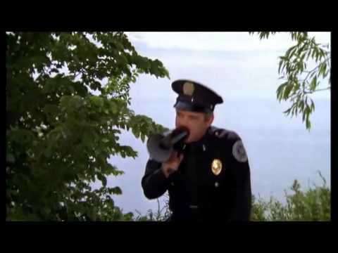 plus vite plus vite police academy