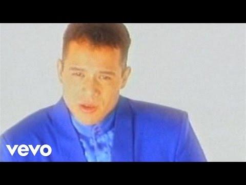 Los Ángeles Azules - Amigos Nada Más (Video Oficial)