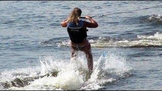 Вслед за мной на водных лыжах ты летишь