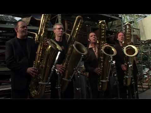 """""""Helter Skelter"""" Beatles played by DEEP SCHROTT bass sax quartet"""
