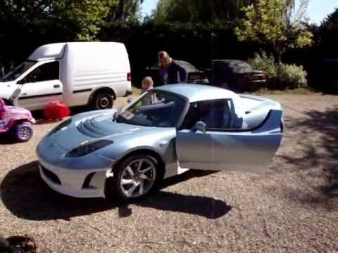 Tesla Roadster Sport pre delivery 2.5