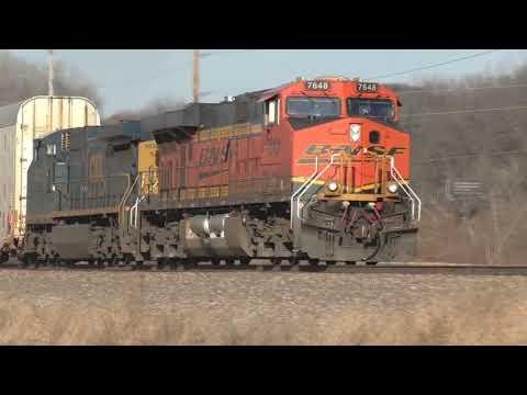BNSF Intermodal Eastbound Through East Dubuque, IL