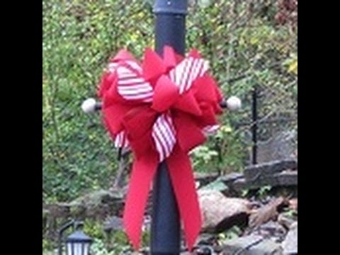 Outdoor Christmas Ribbon.How To Make An Outdoor Christmas Bow With Lisa S World