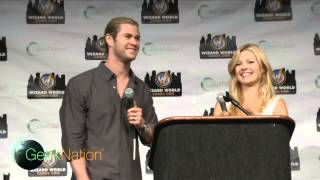 "Chris Hemsworth ""Your Gorgeous"" at Wizard World Comic Con Philly"