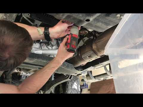 How to change both fuel filters 2017-2018-2018 f250 6.7 Powerstroke diesel
