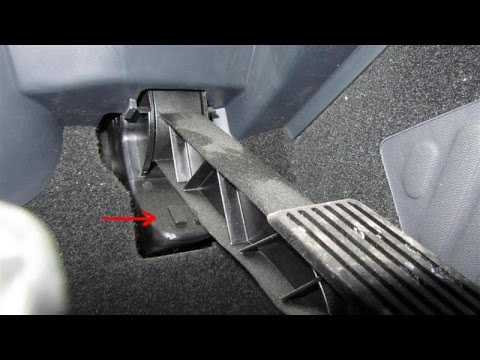 Kick-down Tiptronic throttle switch Golf MK4 location - YouTube