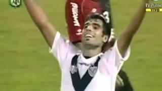 Augusto Fernandez - Velez Sarsfield vs Newlls Old Boys - Clausura 2011