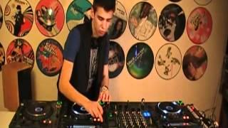 1 / 2 Finale DJ Deejaylive Salon Mixmove Paris | Axel Paerel (16 ans)