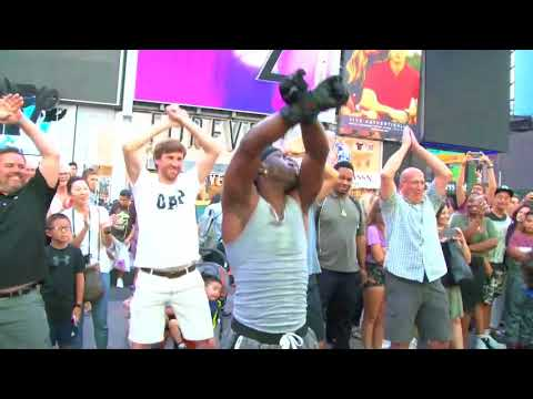 "THE POSITIVE BROTHERS ""LIVE IN TIMES SQUARE"" (A FIX IT PRODUCTION/FOCUS FILM) """