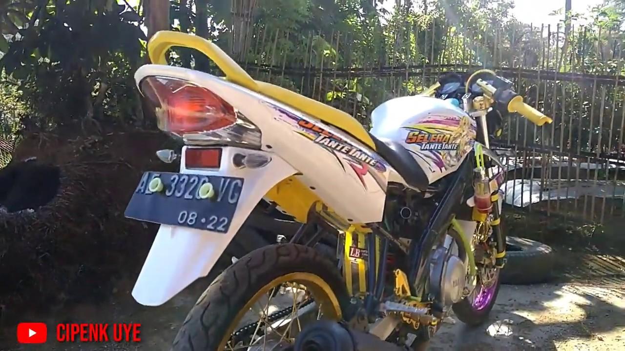 Modifikasi Motor Vixion Old Warna Putih