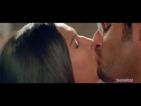 meghna naidu kiss