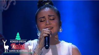 "Momo ""We Are The Reason"" | Konser Spesial Natal | 24 Des 2016"