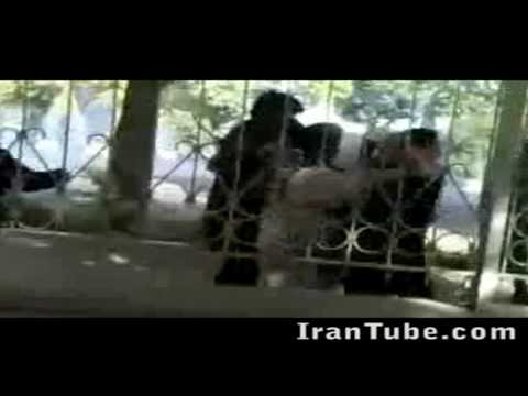 Iran - Shiraz University Students attacked by islamic police