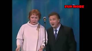 Смотреть Валентина Коркина и Виктор Остроухов - Незванный гость онлайн